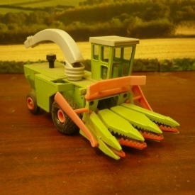 GAMA Forager with maize header – GAMA – Made in western Germany 1:32