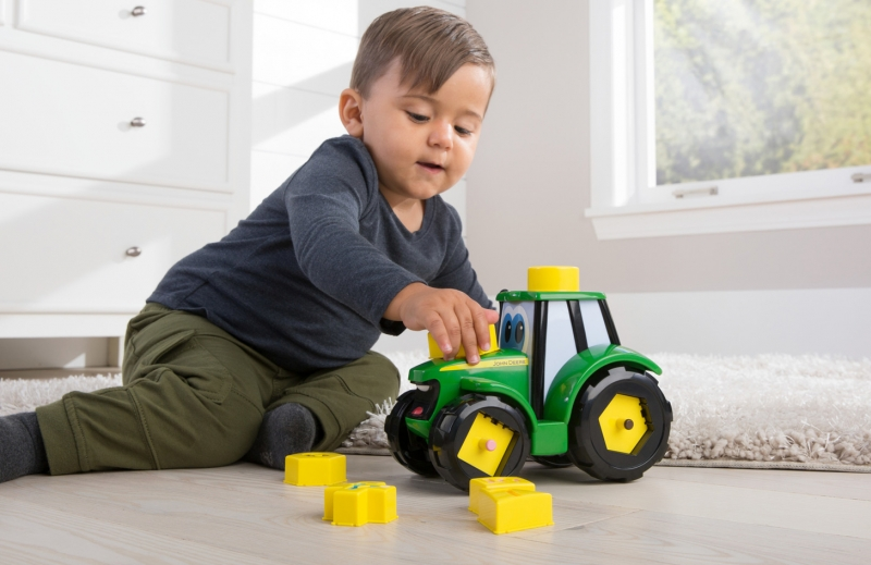 Britains 46654 Jonny Tractor Learn and Play