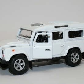 Die Cast Land Rover Defender - White