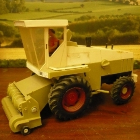 Britains Forager with grass pickup 1987