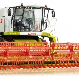 Claas Lexion 770 with V 1200 front attachment for grain