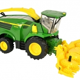 John Deere 8600 Self Propelled Forage Harvester